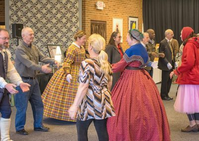 Learn to do Victorian dancing